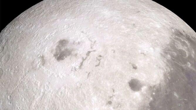 NASA o wodzie na Księżycu. Najnowsze wyniki badań