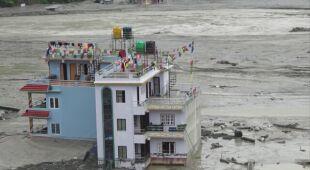 Nepal i Buthan nawiedziły ulewne monsunowe opady deszczu